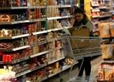 مع تراجع سعر صرف الدّولار أمام الليرة.. هل يلمس المواطن تغيّراً في أسعار السلع؟