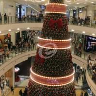 زينة الميلاد في عدد من المولات في بيروت - محمد عمر
