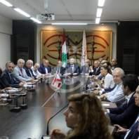 مؤتمر صحافي لرئيس جعمية تجار بيروت نقولا شماس - محمد عمر