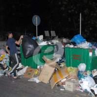 عودة النفايات الى شوارع بيروت وضواحيها