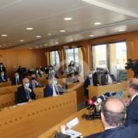 لقاء في المجلس الاقتصادي للبحث بموضوع إجراءات الإقفال وإعادة العمل - محمد عمر