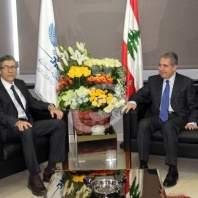 وزير المالية يلتقي مبعوث صندوق النقد الدولي - محمد عمر