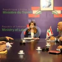 وزيرة العمل تلتقي رئيس اتحادات النقل البري على رأس وفد - محمد عمر