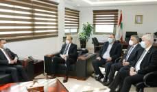 حسن يبحث مع نظيره العراقي آلية تنفيذ الإتفاقات الصحية الثنائية