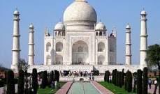 """""""تاج محل"""" يدفع ثمن قانون الجنسية في الهند.. 200 ألف سائح يلغون زيارتهم"""