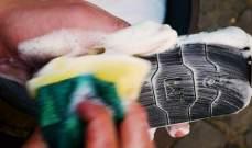 يُغسل بالماء والصابون.. أول هاتف في العالم مضاد للبكتريا والميكروبات