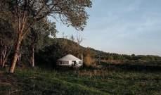 بالصور: زوجان يبنيان منزلا على مساحة 283 متر وبـ65 ألف دولار!