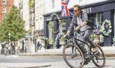 بريطانيا تتعهد بإنفاق 2.6 مليار دولار لتشجيع المشي وركوب الدراجات الهوائية
