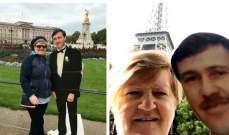بالصور: أرملة تسافر حول العالم مع زوجها المتوفي!