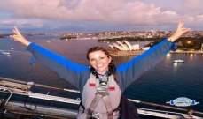 سيدة تسافر حول العالم مجاناً بفضل مساعدة الغرباء!