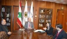 دبوسي: غرفة طرابلس جاهزة لدعم مسيرة كل الملحقين الاقتصاديين اللبنانيين