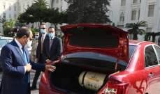 السيسي يوجه بالتوسع في زيادة عدد محطات الوقود لتموين السيارات بالغاز الطبيعي