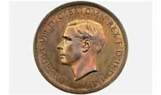 بيع قطعة نقدية عليها صورة الملك إدوارد الثامن الذي تنازل عن العرش بسبب الحب