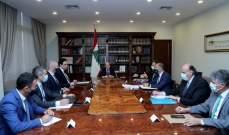 الرئيس عون يبحث مع دياب وقطار في أزمة النفايات