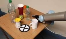 تطوير روبوت قادر على التقاط أشياء معينة من الثلاجة ثم إعادة ترتيبها