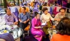 """حرمهم """"كورونا"""" من السفر... فقرروا تناول القهوة في الطائرة!"""