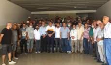 عمال بلدية الميناء يعتصمون للمطالبة بدفع رواتبهم ومستحقاتهم