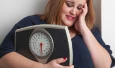 دراسة: هناك علاقة أكيدة بين استخدام الأجهزة الذكية وخطر الإصابة بالسمنة