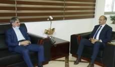 حسن استقبل السفير الايراني وعرض ومجلس نقابة الصيادلة شؤون القطاع