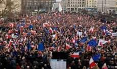 الآلاف في بولندا يطالبون بزيادة الأجور