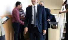 شبيب يأمر باقفال ووضع الأختام على مؤسسات مخالفة للشروط الصحية في بيروت
