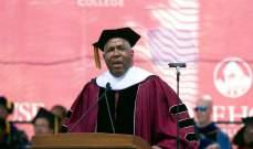 """رئيس شركة """"فيستا إكويتي بارتنرز"""" يسدد ديون الجامعيين العاملين لديه وأسرهم"""