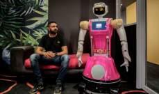 """فندق يستعين بالروبوتات لخدمة الضيوف في زمن """"كورونا"""""""