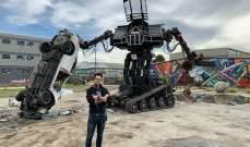 روبوت مقاتل عملاق يتم عرضه بـ 50 ألف دولار للجمهور