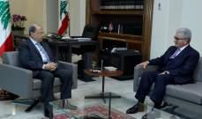 الرئيس عون يبحث التطورات المصرفية والمالية مع رئيس جمعية المصارف