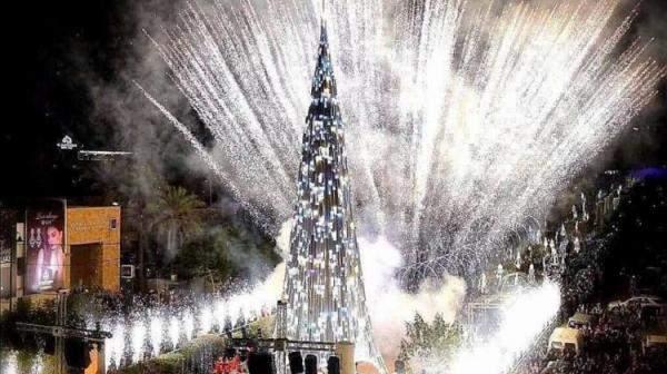 الزينة الميلادية في المناطق اللبنانية على بساطتها وجمالها على الرغم من تفاقم الازمة الاقتصادية