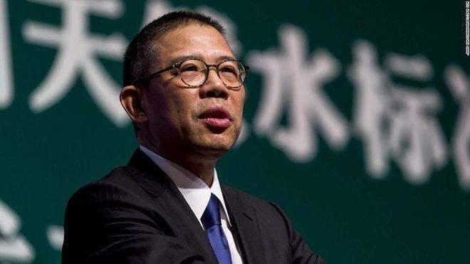 """الملياردير تشونغ شانشان يطيح بمؤسس """"علي بابا"""" من عرش أغنياء الصين"""