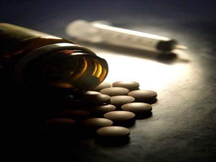 روسيا تقترح تشديد عقوبة تجارة المخدرات على الإنترنت