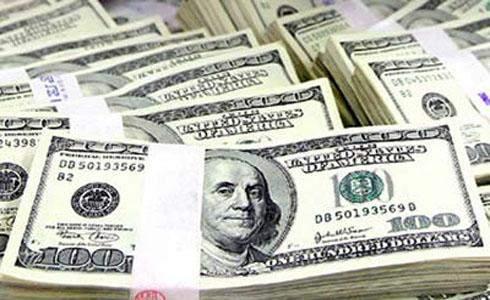 الدولار الأميركي يقفز 1% مقابل 6 عملات منافسة