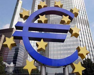 المركزي الأوروبي يشتري سندات في نيسان وأيار الماضيين أكثر مما باعته أكبر أربع دول في منطقة اليورو