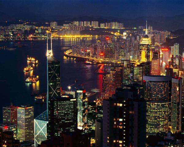 هونغ كونغ قد تسمح للمديرين التنفيذيين بإخفاء هويتهم
