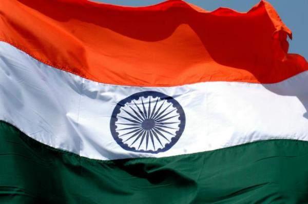 الهند تعتزم تنفيذ مذكرة تفاهم حول بيع القاطرات الى ايران