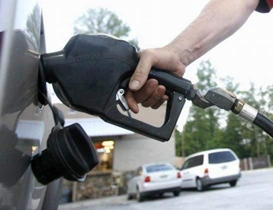 استقرار سعر البنزين والمازوت وارتفاع سعر الغاز والديزل 100 ليرة