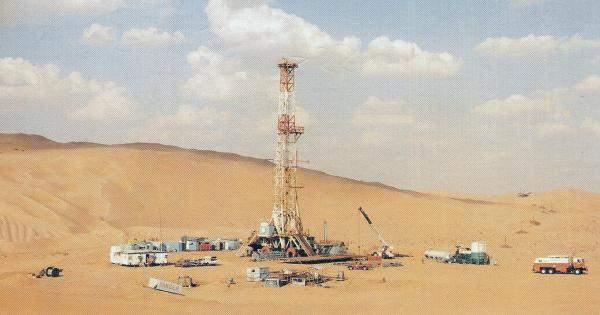 ایران تعلن عن عن حفر 124 بئراً نفطياًوغازياً