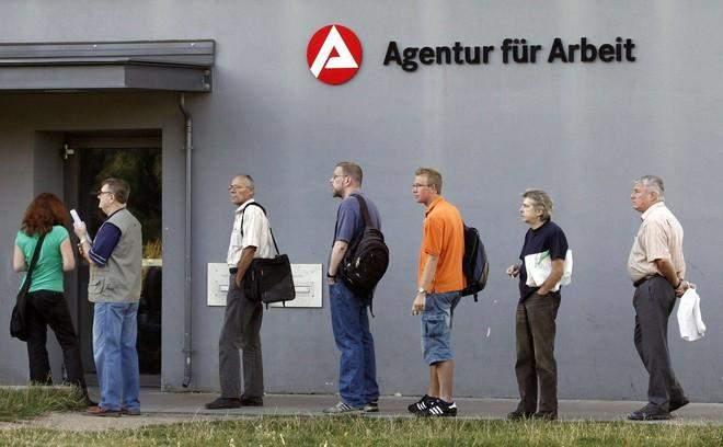 ألمانيا.. إنخفاض معدل البطالة إلى 6.1% في تشرين الثاني