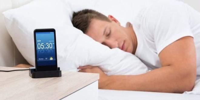 الأسرّة الذكية وتطبيقات النوم تجمع البيانات الخاصة عن المستخدمين