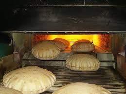 وزارة الاقتصاد تحدد زيادة وزن ربطة الخبز مع المحافظة على سعرها