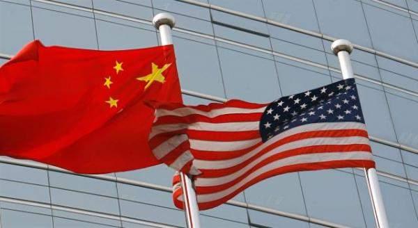 واشنطن تخطط إدراج 5 شركات صينية للقائمة السوداء