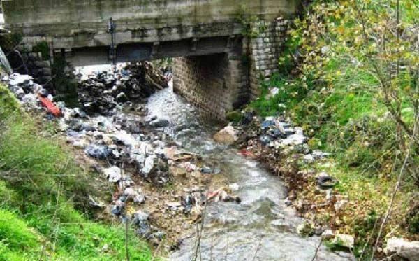 نوعية المياه الرديئة تعيق النمو الاقتصادي  وتشل قدرات الإنسان وتخفّض إنتاج الغذاء