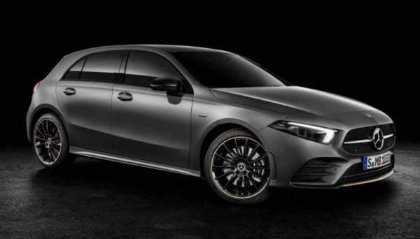 """""""مرسيدس"""" تطرح أصغر سياراتها بحلول عام 2022"""