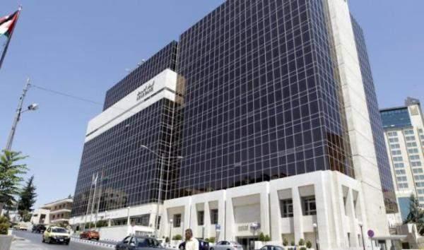 أرباح مجموعة البنك العربي تتراجع 13% في الربع الأول من 2021