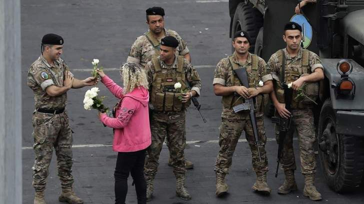 الأزمة تطال المؤسسة العسكرية.. لا لحوم في الوجبات أثناء الخدمة