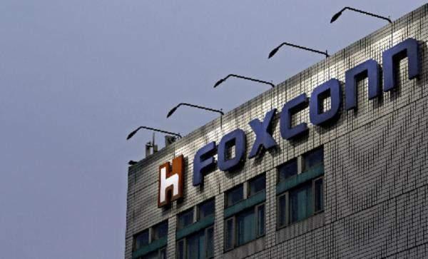 """""""مايكروسوفت"""" تقاضي """"Foxconn"""" بسبب براءات اختراع """"أندرويد"""" والأخيرة ترفض الاتهامات"""