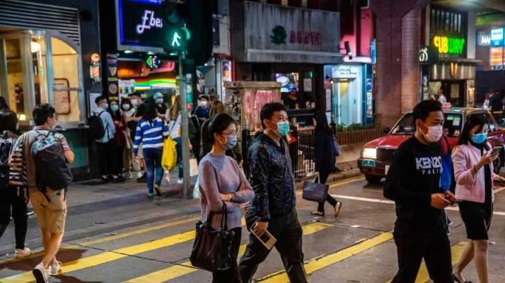 هونغ كونغ تفرض عزلا على الآلاف لإجراء اختبار إجباري بشأن كوفيد-19