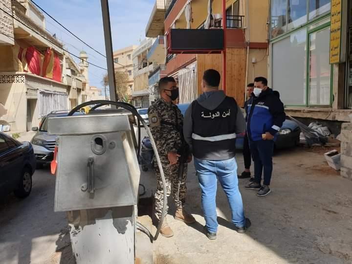 جولة لحماية المستهلك بمؤازرة أمنية على السوبرماركت ومحطات المحروقات في بلدة انصارية