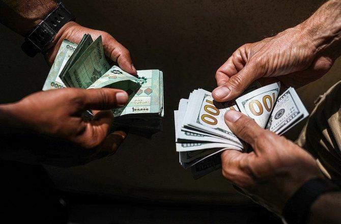 سعر صرف الدولار مقابل الليرة لدى الصرافين ثابت دون تغيير